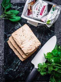 Osaatko käsitellä tofun oikein? – Viimeistä murua myöten Laksa, Recipe Collection, Opi, Vegetarian Recipes, Bread, Cheese, Baking, Christmas, Xmas