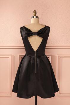 Black dress - Date - Valentine's day - Carine Noir from Boutique 1861 www.1861.ca