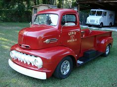 1952 Ford Pick-up Classic Ford Trucks, Old Ford Trucks, Old Pickup Trucks, Diesel Trucks, Classic Cars, Trucks For Sale, Cool Trucks, Big Trucks, Antique Trucks