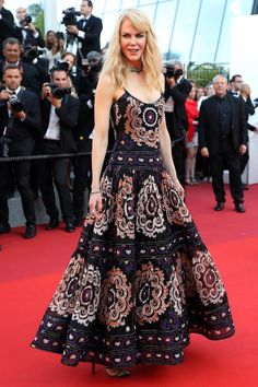 Visit the post for more. Nicole Kidman, Beautiful Dresses, Nice Dresses, Formal Dresses, Celebrity Outfits, Celebrity Style, Star Fashion, Fashion Show, Red Carpet Looks