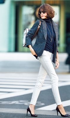 White jeans, navy blue blouse and gray blazer