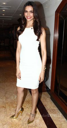 Dilli wali girlfriend deepika dress cocktail