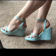 """Sz 9.5 COACH mint WedGe Signature Sandals CATHLEEN Stunning CATHLEEN signature wedges by COACH. In soft blue green pastel hue with monogram """"C"""" print. Platform 7/8"""", heel 4.25"""". Beautiful on the legs! Fabric is in great condition. Size 9.5. Coach Shoes Sandals"""