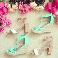 Love the green ones 70s Fashion, Fashion Dresses, Cool Style, Sandals, Heels, Pretty, Pastels, Passion, Spring
