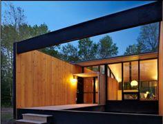 Prefab modular home with minimalist sensibilities? Yes please.