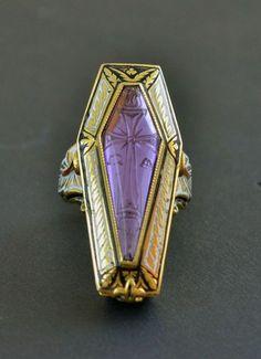 ☆ A Uniquely Macabre Codognato Ring Featuring a Bejewelled Coffin :Picture One: Photo courtesy Codognato ☆