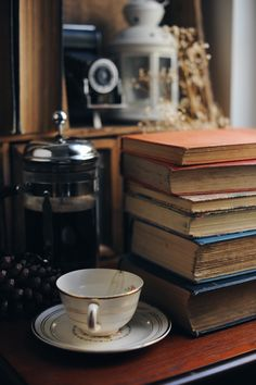 """ursula-uriarte: """"It's a great day for vintage read and fresh pressed coffee in my little reading corner ☕️📚 """""""