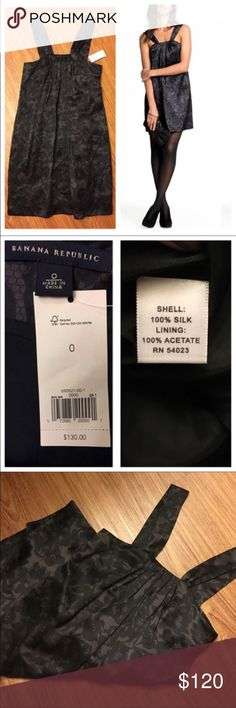 "NWT Banana Republic 100% silk dress black/gray 📦Same day shipping (excluding Sun/holidays or orders placed after P.O. Closed) ❤️Please ask any questions prior to buying. I want you to be completely Happy.  This luxurious dress from Banana Republic is 100% silk with a 100% acetate lining. The chic print can be paired with simple jewelry for an elegant look or stilettos for a night out on the town. Smoke/pet free home. Flat measurements: 15"" across chest, 27.5"" long (excluding the length of…"