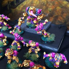 Frogman team ready to jump all over the field 🐸🐸🐸 If you like my works and want some team painted by me 📩 Chkminiatures@gmail.com 🤘🏿#bloodbowl #bloodbowlteams #jbone #miniature #miniatures #hobby #modelism #tabletop #game #geek #gamer #gaming #gamesworkshop #citadel #vallejo #paint #painting #art #artist #warhammer #warhammer40k #warmongers #ageofsigmar