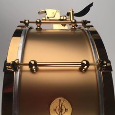 Fools Gold - gorgeous work from @dunnettclassicdrums #DrumSmart #DunnettClassicDrums #Dunnett #DunnettDrums #CustomDrums #CustomSnare #Snare #SnareDrum #CustomSnareDrum #CustomDrumset #CustomDrumkit #drum #drums #drummer #drummers #drumming...