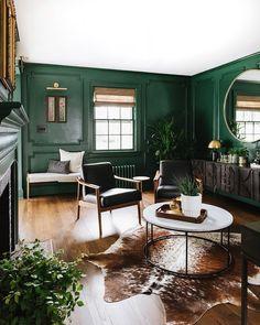 Dark Green Living Room, Dark Green Rooms, Green Dining Room, Green Wall Color, Green Accent Walls, Green Accents, Green Painted Walls, Green Wall Paints, Green Interior Design