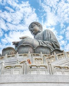 A visit to see the Big Buddha on Lantau Island is an absolute must on any Hong Kong itinerary. Combine your trip with a visit to Tai O Fishing Village. Hong Kong Itinerary, Macau Travel, Travel Baby Showers, Buddha Buddhism, Amazing Buildings, Fishing Villages, Photo Location, Solo Travel, Dream Vacations