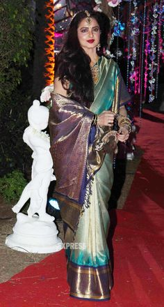2 Feb, 14: Rekha at Wedding Reception of Hema & Dharmendra's daughter Ahana & Vaibhav Vora