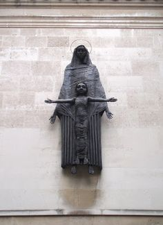 guttae: Sir Jacob Epstein: Madonna and Child 1953, Convent of the Holy Child, Cavendish Square, London