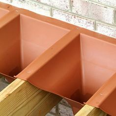 Trex RainEscape Drainage System – Unfinished Above-Deck View - All For Garden Cool Deck, Diy Deck, Under Deck Roofing, Deck Balusters, Aluminum Decking, Aluminum Railings, Laying Decking, Under Decks, Deck Construction