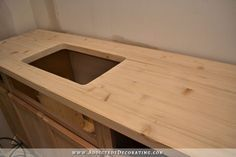 [ Diy Butcherblock Style Countertop Butcher Block Countertops For Stunning Kitchen Look ] - Best Free Home Design Idea & Inspiration Diy Wood Countertops, Countertop Materials, Inexpensive Kitchen Countertops, Plywood Countertop, Countertop Redo, Laminate Flooring, Kitchen Furniture, Diy Furniture, Furniture Outlet