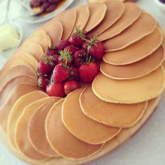 Make breakfast on the weekend. Turkish Breakfast, Breakfast Pancakes, Breakfast Recipes, Snack Recipes, Pancake Recipes, Breakfast Presentation, Food Presentation, Easy Pumpkin Pie, Brunch