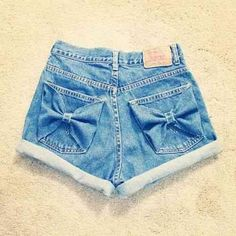 Bow high wasted shorts love!