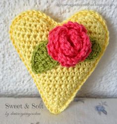 Corazones a crochet para San Valentin   Aprender manualidades es facilisimo.com  http://dghlamagiadelcrochet.blogspot.ch/