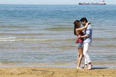 """Hande Erçel ve Burak Deniz'in """"Hayat'la Murat"""" halleri! Cute Love Couple, Best Couple, Pashto Quotes, Murat And Hayat Pics, Fiction Stories, Beautiful Nature Wallpaper, Hande Ercel, Turkish Actors, Wedding Shoot"""