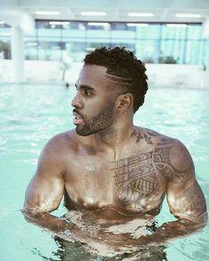 My sexxxy 💋 Jason Derulo, Gorgeous Black Men, Beautiful Men, Black Men Haircuts, Godly Man, Man Swimming, American Singers, Celebrity Crush, Boy Bands