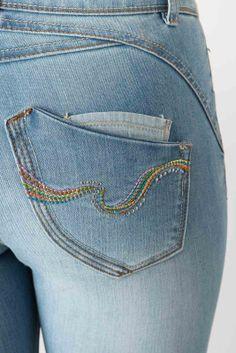 Jean 7/8ème - Jeans Droit femme de la marque Bréal Love Jeans, Denim Jeans, Back Bag, Jean Overalls, Jeans Skinny, Colored Jeans, Pocket, Embroidery, Womens Fashion