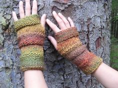 Comfy mittens in the shades of autumn by laurimuks on Etsy, $20.25