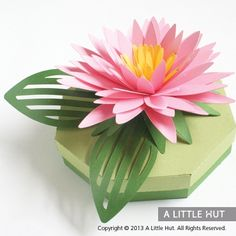 This Aster Gift Box is a wonderful way to present a gift or to simply use as atable top decor. Other ideas include: - Storage box - Center piece - Cake topper Aster Gift Box dimensions: x x x x - includes the leaves that overhang the box Creative Gift Wrapping, Creative Gifts, Diy Flowers, Fabric Flowers, Gift Drawing, Origami, Paper Quilling Flowers, Gift Wrap Box, Christmas Paper