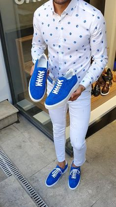 Lance Sardinelli Eva Sole Lace up Sax Suede Shoes Retro Outfits, Casual Outfits, Fashion Outfits, Fashion News, Mens Fashion, Style Fashion, Men Style Tips, Suede Shoes, Mens Clothing Styles