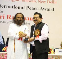 Sri Sri Ravi Shankar Ji & Shri Vijay Jhindal Ji
