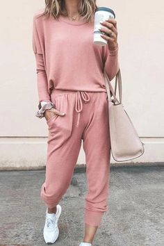The fashion line long sleeve pink jumpsuit for women is so casual and it is a goood choice of fashion. Trend Fashion, Fashion Line, Fashion Outfits, Womens Fashion, Fashion Clothes, Style Fashion, Fashion Jewelry, Edgy Outfits, Pink Fashion