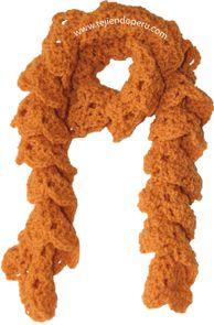 Bufanda enrollada tejida en crochet... se hace muy rápido...