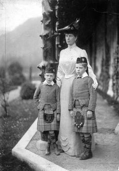 U.K. Queen Mary together with her two eldest sons Albert George and Edward in Balmoral, 1905
