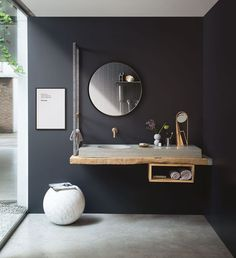 Most up-to-date Absolutely Free Bathroom Remodel wainscotting Style Pop quiz: What's the common level of space required for a toilet? How much does a fundamental bath Bathroom Inspiration, Home Decor Inspiration, How To Install Beadboard, Tiny Bath, Modern Rustic Homes, New Toilet, Concrete Wood, Trendy Bedroom, Modern Bedroom