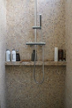 Useful Walk-in Shower Design Ideas For Smaller Bathrooms – Home Dcorz House Bathroom, Shower Room, Shower Niche, Bathroom, Bathroom Renovations, Shower Shelves, Bathroom Shower, Bathrooms Remodel, Bathroom Inspiration