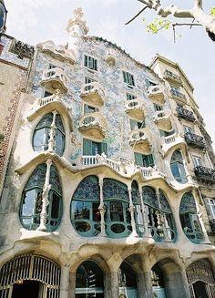 Amazing Snaps: The Masterpiece of Architecture, La Pedrera by Gaudi in Barcelona, Catalonia.