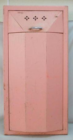 1940'S VINTAGE PINK METAL ART DECO CLOTHING HAMPER - IN WALL DESIGN ~SS2~ | eBay Vintage Walls, Vintage Pink, Art Deco Clothing, Soothing Colors, Pink Things, Hampers, Pink Love, Vintage Industrial, Wall Design