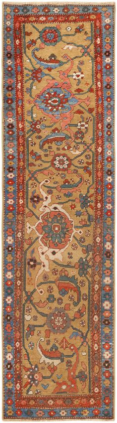 Antique Persian Serapi Rug 46378