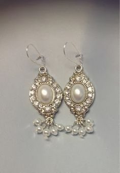 Undeniable Glitter: Pearl and Crystal Earrings