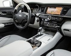 NEW ~ 2015 Kia K900 V-6 Rated at 18/27 MPG, V-8 Model at 15/23 MPG