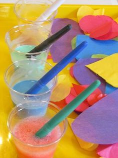 Making glue paint in preschool-good for gluing tissue paper or crepe paper. Crafts For Teens, Diy And Crafts, Arts And Crafts, Kids Crafts, Paper Crafts, Preschool Education, Preschool Crafts, Teach Preschool, Preschool Ideas