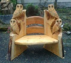 Owl projects are full of DIY world. Here is another ideas for making cut owl decoration — Wood carving. The post The Perfect DIY Wood Carving Owl appeared first on The Perfect DIY. Woodworking Bench, Woodworking Projects, Woodworking Equipment, Woodworking Skills, Tree Carving, Owl Crafts, Log Furniture, System Furniture, Outdoor Furniture