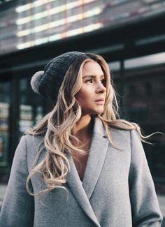 Rankei Women Autumn//Winter Warm Thicken Women Wool Coat Long Loose Casual Hooded Imitation Lamb Women Jacket