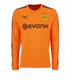 The Borussia Dortmund goalkeeper kit introduces a clean look in black and orange, made by Puma. Goalkeeper Kits, Team Wear, Football Soccer, Soccer Jerseys, Manchester United, Sweatshirts, Long Sleeve, Mens Tops, Orange