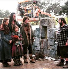 Bard's Family, Sigrid, Tilda, Bain with their father and Peter Jackson.