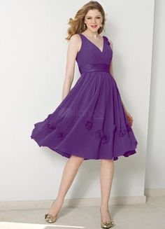 bridesmaid dress style. without the flowers on it of corse