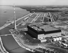 Browns Ferry Unit TVA's first nuclear power unit, operational Aug 1974 Nuclear Reactor, Power Unit, Nuclear Power, This Is Us, The Unit, Age, Technology, Plants, Pictures