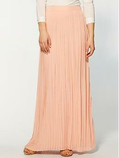 easy and flowy...no probs catching the little one in this...Sabine Pleated Maxi Skirt | Piperlime