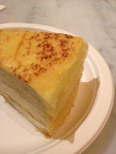 日本のプレミアム@ニューヨークその2は、アッパーイーストサイドにあるケーキ屋さん、レディM。中でも人気なのがこのミルクレープ。ニューヨークでは珍しい、甘さを控えた上品なクリームが人気で、カフェスペースは、いつも若い女の子で満員です。いちごショートも最高!【SPUR編集長 内田秀美】  http://lexus.jp/cp/10editors/contents/spur/index.html  ※※掲載写真の権利及び管理責任は各編集部にあります。LEXUS pinterestに投稿されたコメントは、LEXUSの基準により取り下げる場合があります。