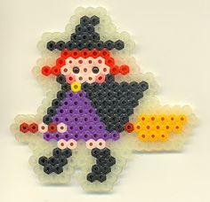 ハロウィン魔女 - ひろくんママのアイロンビーズ